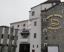 """""""Castelul lui Dracula"""" din Bistrița, scos la vânzare"""